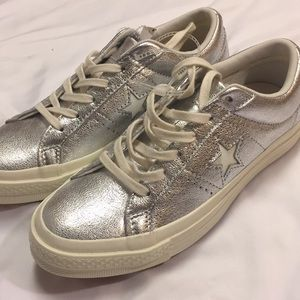 NWT Converse Silver One Star Shoes